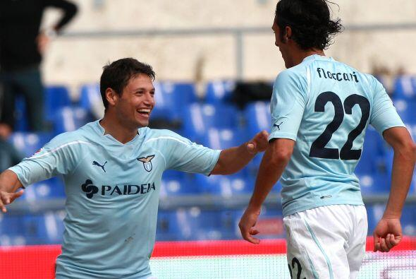 Más tarde fue el turno de Sergio Floccari, quien puso el 2-0, resultado...