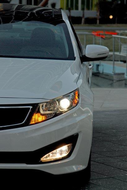 Cuenta con numerosas funciones de seguridad como luces de alta intensidad.
