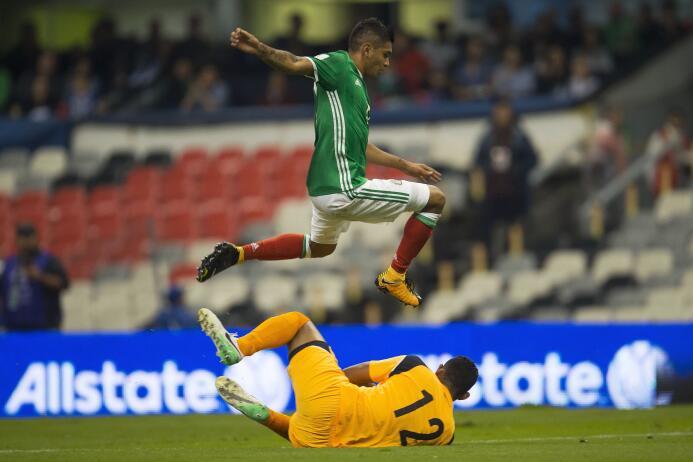 México llegó a 17 puntos a costa de Panamá y está matemáticamente en Rus...