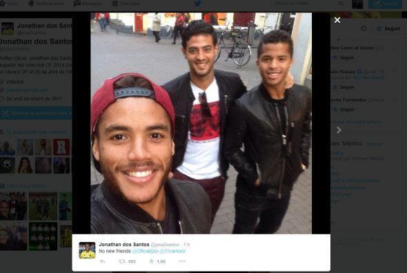 'Jona' subió esta selfie a su cuenta de Twitter como una muestra de que...