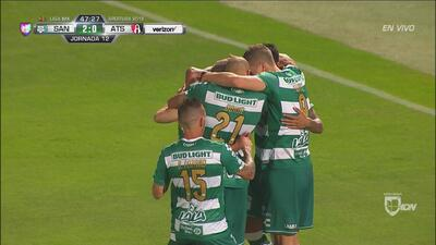 ¡Golazo de Santos! ¡Golazo de Osvaldito Martínez para el 2-0!