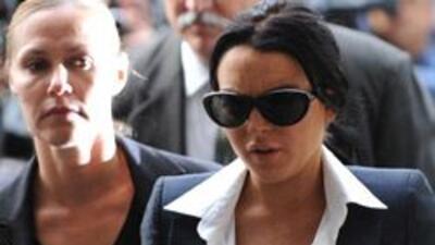 Lindsay Lohan tendrá que usar un brazalete que mide su consumo de alcoho...