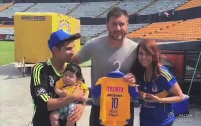 Familia nombró a su hijo como el goleador de Tigres, y Gignac conoció a...