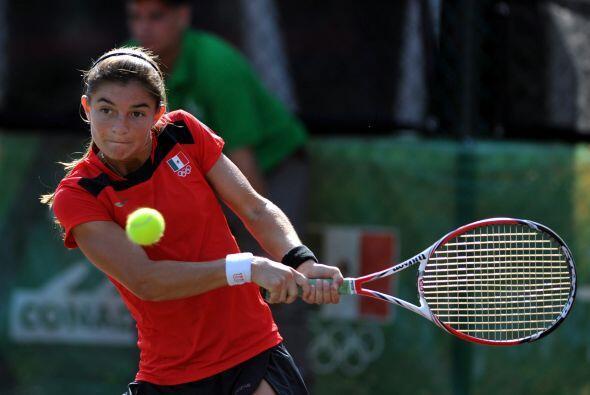 En la Copa de Naciones del tenis femenil, la mexicana Marcela Zacarias d...