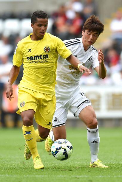 La figura del Villarreal es el delantero mexicano Giovani dos Santos, qu...