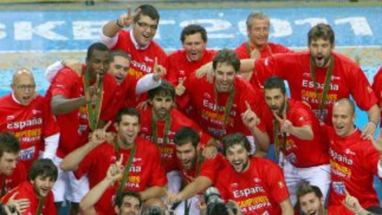La selección española se mantuvo en lo mas alto del básquetbol europeo.
