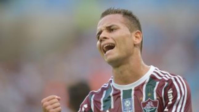 Rafinha se lamenta y Fluminense se hunde.