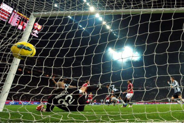 Cuando parecía que Milan se llevaba el triunfo, Alessandro Matri marcó e...