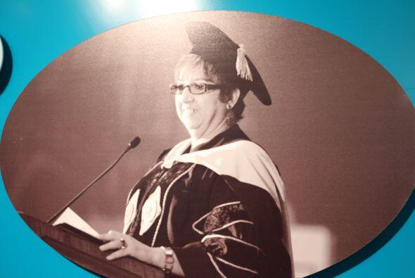 2003- Se nombra a la Dra. Marilyn Pastrana Muriel como primera Rectora e...