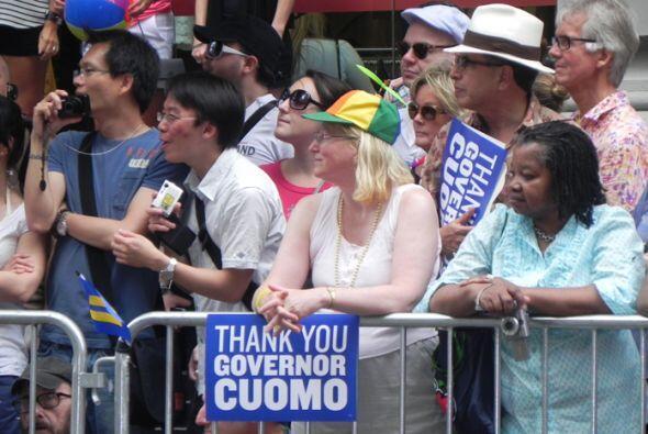 El Desfile del Orgullo en Nueva york 2500b735caf240058e17a3d5ef5ec3e6.jpg