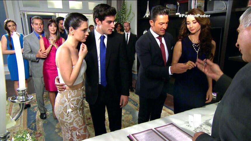 ¡Franco y Gaby son marido y mujer! 5B68CE9176A64262AD973B89DBEBE842.jpg