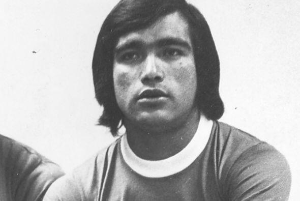Cesario Victorino, padre jugó en ambas escuadras pero con la Máquina fue...