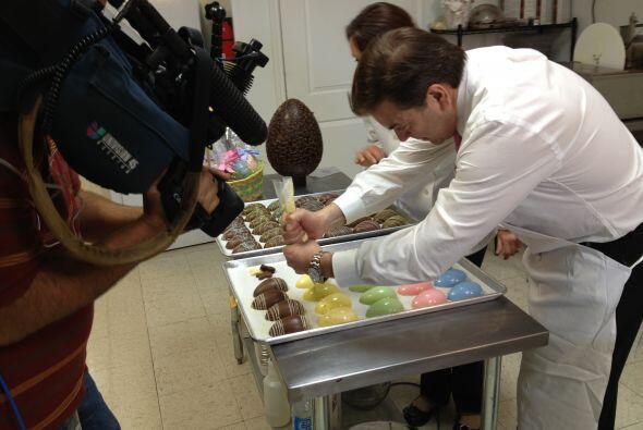 Conoce las obras de Chocolates Araya, una compañía establecida en el áre...