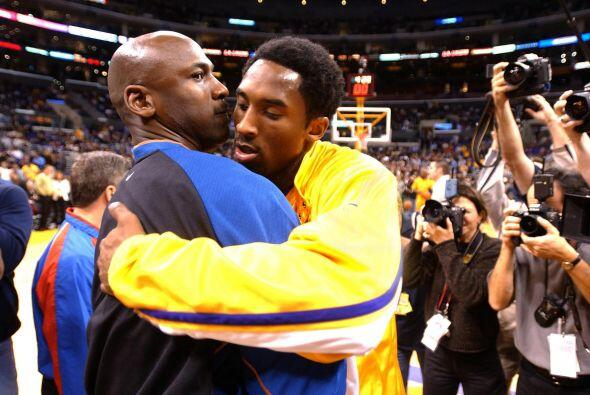 TEMPORADAS EN LA NBA - Kobe Bryant 19 - Michael Jordan 15