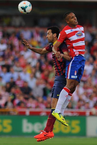 Granada hizo su partido, permitiendo a Barcelona la posesión del balón y...