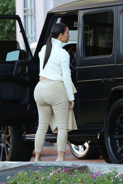 Aunque muchos opinen que luce fatal, a Kanye West le parece la mujer más...
