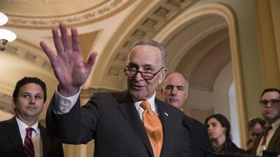 El líder de la minoría en el Senado, el demócrata Chuck Schumer, anunció...