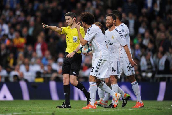 Xabi Alonso (4): Como Modric, se vio abrumado por el control del juego d...