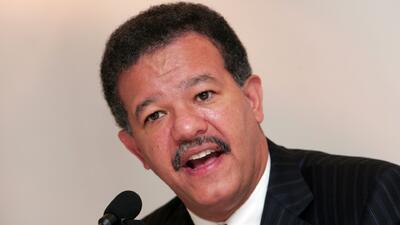 Expresidente Leonel Fernández llega a Newark en el marco de la Asamblea General de la ONU