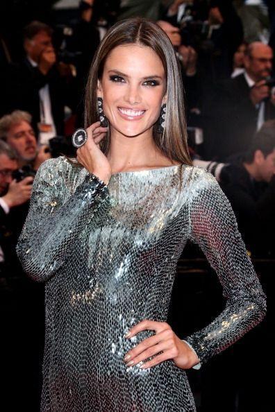 Alessandra Ambrosio además de tener un cuerpo espectacular ¡tuvo un inig...