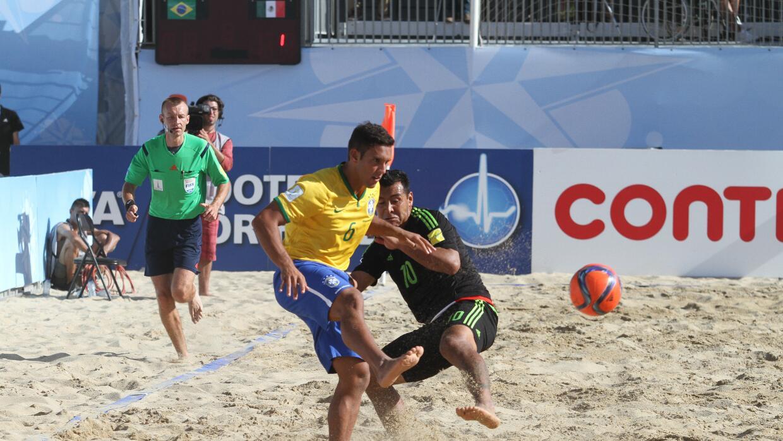 Brasil aplastó 5-1 al Tri en el inicio del Mundial de Playa