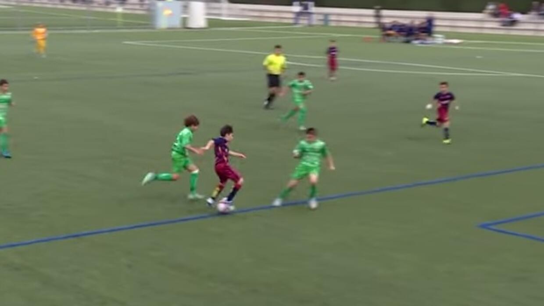 Barcelona presumió golazo de sus juveniles