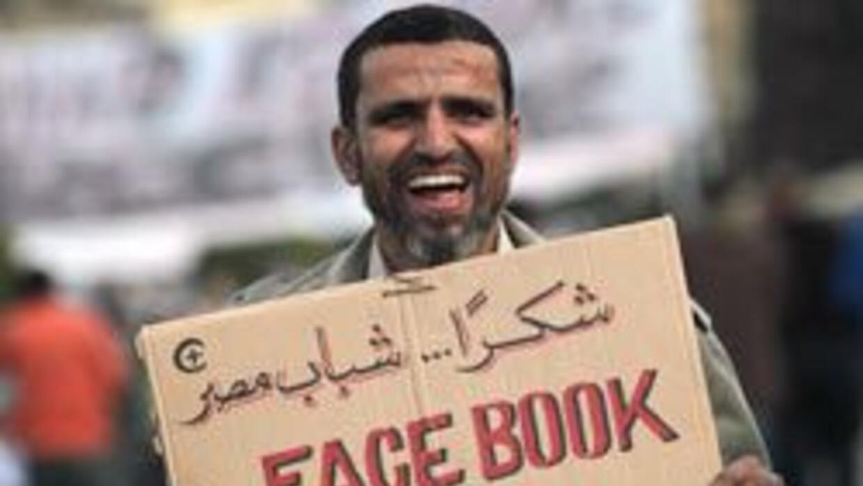 Un hombre egipcio está tan agradecido con Facebook, que le puso ese nomb...