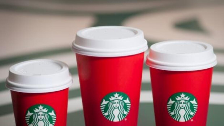 Vasos rojos de Starbucks
