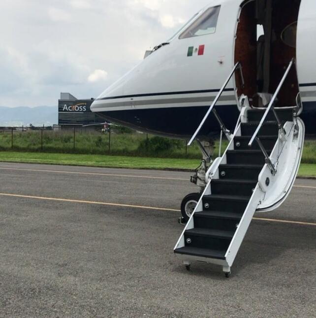 Laura Bozzo y su avión privado
