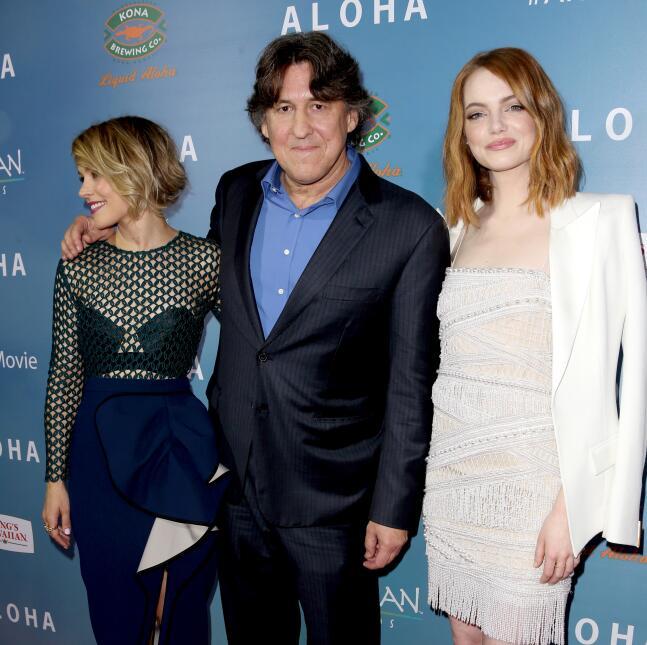 Emma y Rachel, coestrellas de 'Aloha', se vieron hermosas acompañando a...