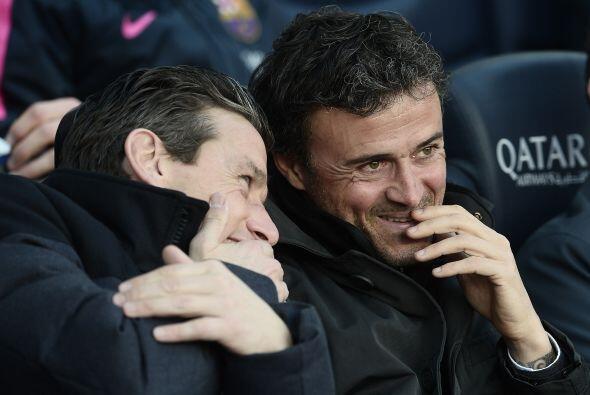 Hasta Luis Enrique se dio tiempo de disfrutar la exhibición de su equipo...