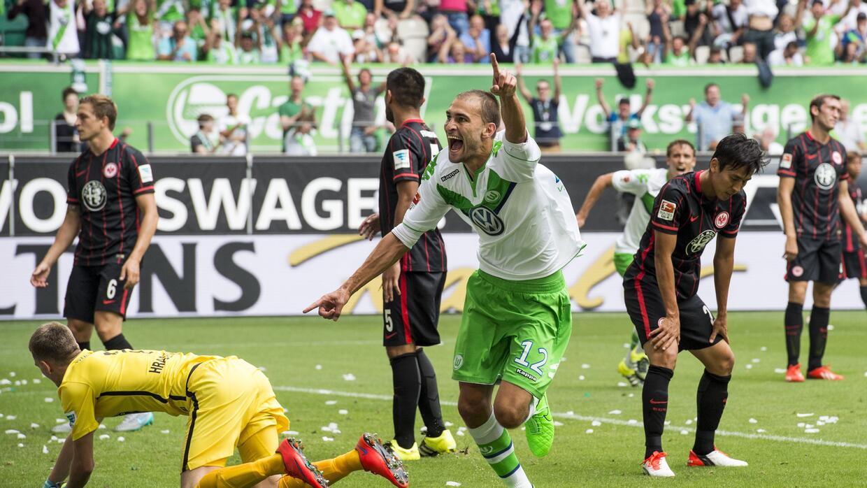 Wolfsburgo logra primer triunfo del torneo