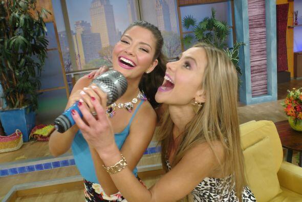 Ya sabemos que a Ana Patricia le encanta cantar y hoy Ximena le hizo seg...