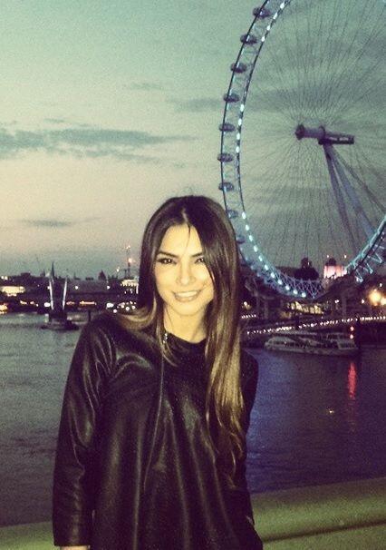 La Guapa Alejandra Espinoza hizo un viaje relámpago a Inglaterra, para e...