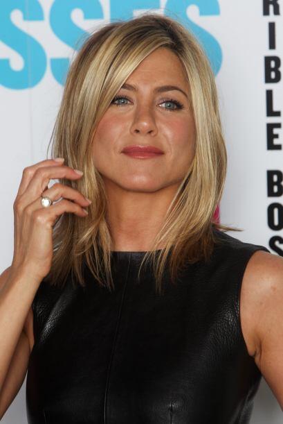 20: En 2003 la revista Forbes la colocó en el lugar número uno de las ac...