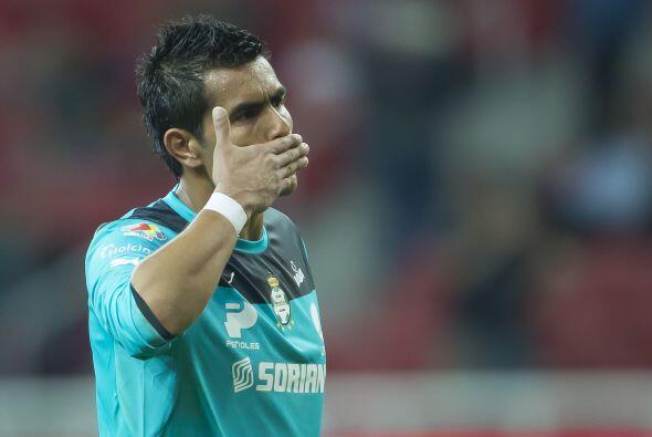 -Oswaldo Sánchez advirtió que la pausa le puede afectar al equipo. Fue e...