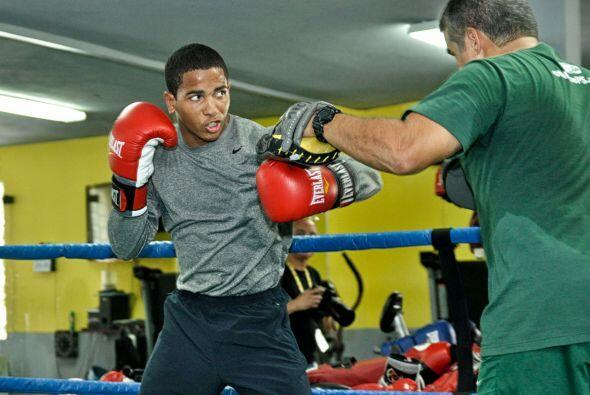 La cartelera 'Solo Boxeo Tecate' será televisada en la medianoche del sá...