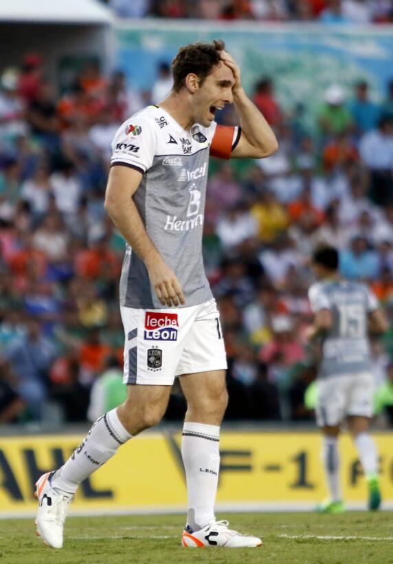 Aburrido empate entre Jaguares y León Mauro Boselli de Leon.jpg