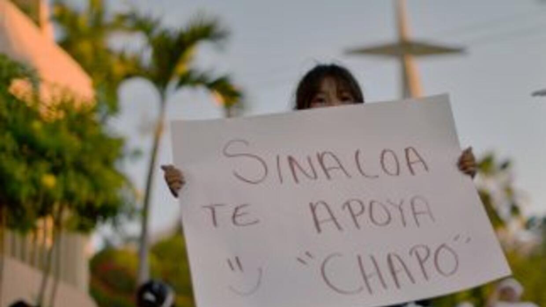 Manifestación de 2,000 personas a favor de El Chapo en febrero de 2013