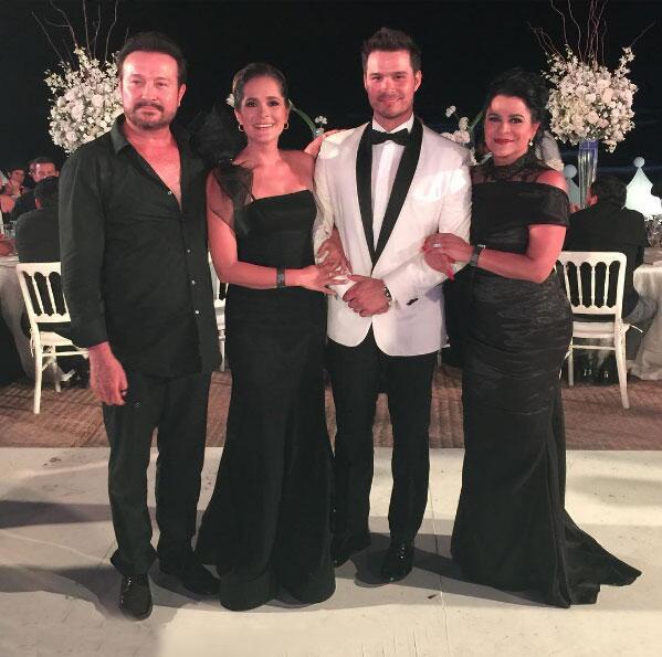 Brandon Peniche y Kristal Cid boda