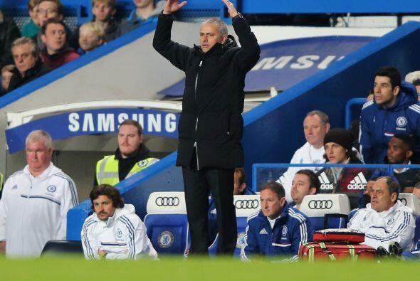 Pero José Mourinho aún no estaba conforme con el funcionamiento de sus '...