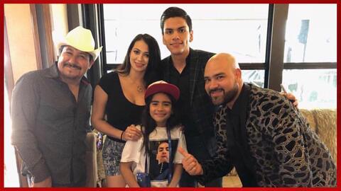 Encuentro de Virlan García y una pequeña fan en Dallas
