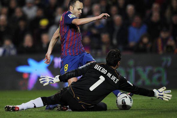Andrés Iniesta tuvo un partido gris, lejos de su mejor forma futbolística.