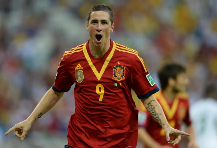 Fernando El Niño Torres es el único jugador que ha marcado dos tripletes...