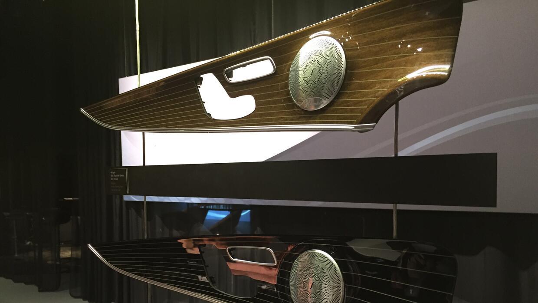 Acabados de madera tallada del nuevo Mercedes-Benz E-Class 2017