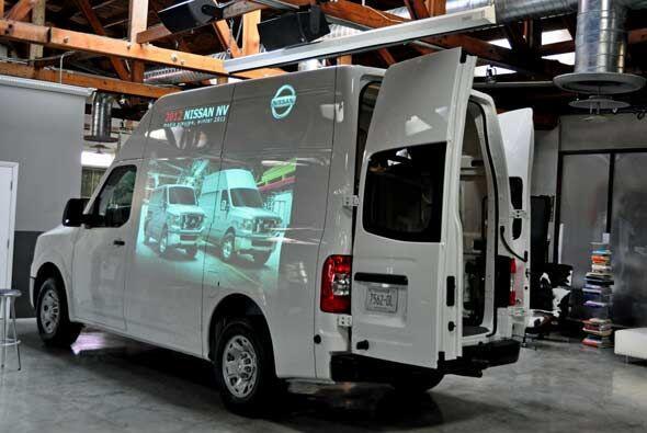 La NV se ofrecerá en dos variantes: Standard Roof o High Roof.