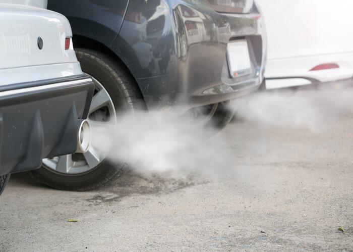 Nunca uses un horno de gas para calentar la casa. Tampoco dejes un auto...