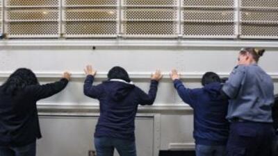 De aprobarse la iniciativa, prohibirá que las policías locales impidan q...