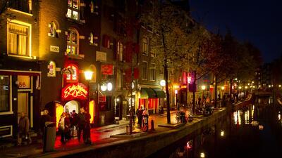 Ámsterdam, la capital de Holanda, fue pionera en crear el cargo d...