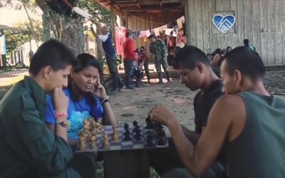El 'mannequin challenge' desde un campamento de las FARC